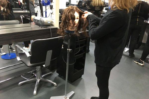 GKC hairdressing2