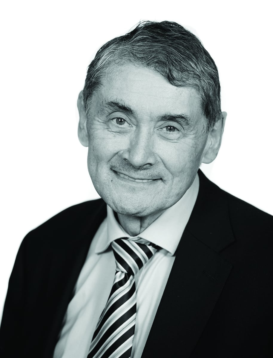 Headshot of National Advisory Group's Sir Harry Burns
